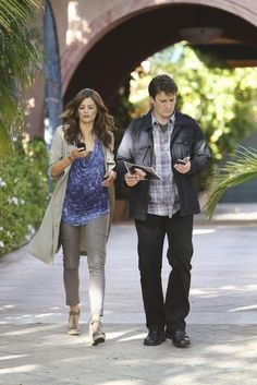 Nathan Fillion and Stana Katic in Castle - To Love and Die in L.A.