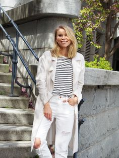 LACK OF COLOUR - Blog / #all #white #outfit #jeans