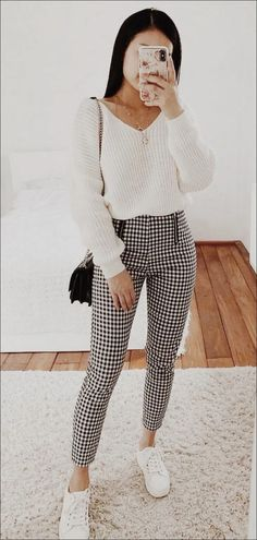 Glamorous outfit with black and white pants and cream colored sweater Off Shoulder Dusty Champagne Lace Cheap Long Evening Prom Dresses, Eve Winter Outfits For Teen Girls, Winter Outfits For Work, Fall Outfits, Mode Outfits, Trendy Outfits, Fashion Outfits, Crazy Outfits, Popular Outfits, Fashion Fashion