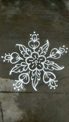 Rangoli Designs Latest, Simple Rangoli Designs Images, Rangoli Designs Flower, Rangoli Border Designs, Rangoli Designs With Dots, Flower Rangoli, Rangoli With Dots, Beautiful Rangoli Designs, Rangoli Borders