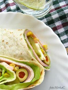 Najlepsza domowa Tortilla - jak zrobić. - Farmażony Finger Foods, Tacos, Lunch Box, Pizza, Breakfast, Ethnic Recipes, Humor, Funny, Morning Coffee