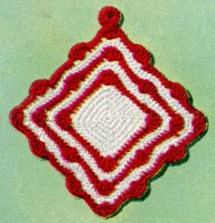 Scallop Pot Holder crochet pattern from Pot Holders, originally published by American Thread Company, Star Book No. 101, from 1953.