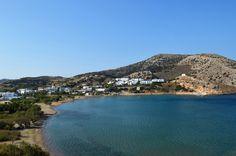 Σύρος - Γαλησσάς...Η παραλία του Γαλησσά είναι η παραλία του ομώνυμου οικισμού της Σύρου και βρίσκεται σε απόσταση 8 χιλιομέτρων από την Ερμούπολη.