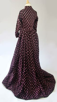 C. 1860 Printed Wool Wrapper/ Maternity Gown with Drawstring Waist