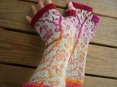 Sooooo pretty! I might just have to try color stranding in order to knit these.
