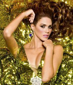 Débora Menicucci, a por la séptima corona mundial.  Miss Venezuela.  6/XI/14