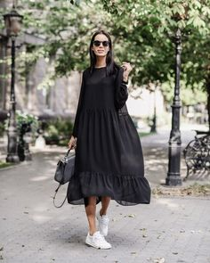 40 Best Dress or Skirt With Sneakers Ideas – Hijab Fashion Nice Dresses, Casual Dresses, Casual Outfits, Fashion Dresses, Dresses Dresses, Long Sleeve Dresses, Dresses For Women, White Shirt Outfits, Vintage Summer Dresses