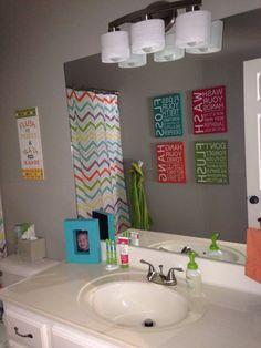 Marvelous Bathroom Decoration Ideas For Teen Girls   Round Decor