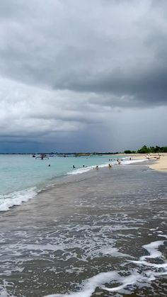 A short walk from the airport in Denpasar, Bali and you're at beautiful Jimbaran Beach. Sunset Photography, Travel Photography, Beach Sunset Wallpaper, Beach Video, Jimbaran, Denpasar, Sky Aesthetic, Bali Travel, Instagram Story Ideas