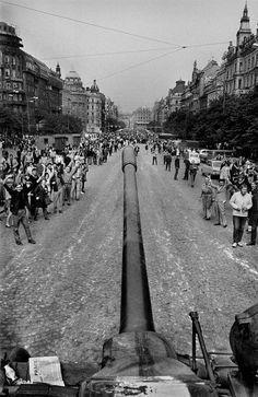 August 1968 Josef Koudelka, Prague: Warsaw Pact tanks invade the Czech capital, ending the Prague Spring. Vintage Photography, Street Photography, Prague Spring, Warsaw Pact, Robert Frank, Henri Cartier Bresson, Prague Czech Republic, Photographer Portfolio, Great Photographers