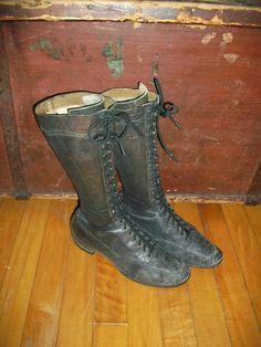 Vintage Lace Up Boots Womens 1900s by RedRiverAntiques on Etsy, $185.00