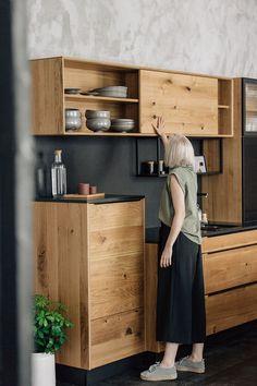 Küchen Design, Interior Design, Apartment Design, Bookshelves, Home Kitchens, Kitchen Dining, Sweet Home, Layout, Storage