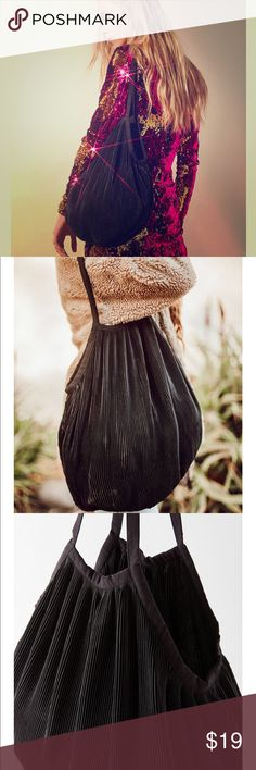 NEW!! URBAN OUTFITTERS Black Pleated Tote Bag Chic vibes on the go with this plisse pleated shopper! With a satin finish and mini accordion pleats, this open silhouette tote is perfect for any occasion. Urban Outfitters Bags Shoulder Bags