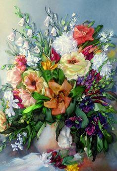 Vaso con i fiori, quadro ricamato, silk ribbon embroidery, ricamo con nastro, by…