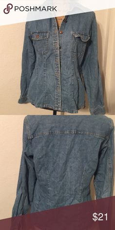 Gap Denim Shirt Gap 100% cotton no stretch EUC denim shirt.   Women's size medium GAP Tops Button Down Shirts