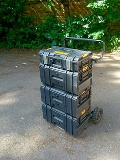 Jcb tool storage system rival for dewalt tooltainers for Garage totes 76