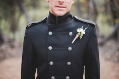 W-G Groom: Down Under Dudes - a #groom designs custom coats for all the guys in the #wedding. pics via Lakshal Perera