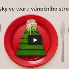 Perfektní videonávod – Jak složit ubrousky do tvaru vánočního stromečku