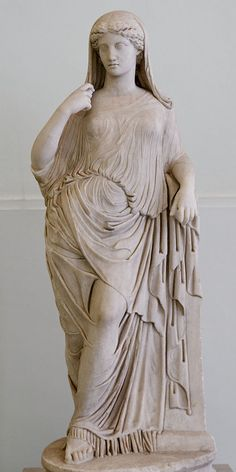 Venus (Aphrodite), Roman statue (marble) copy of Greek original, 2nd century AD (original 5th c. BC), (Museo Archeologico Nazionale, Naples).
