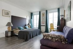 Arty & Trendy Paris Arty & Trendy is an apartment situated in Paris, 900 metres from Place de la R?publique. The apartment is 1.4 km from Pompidou Centre. Free WiFi is provided throughout the property.
