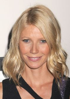 Gwyneth Paltrows shoulder length hairstyle