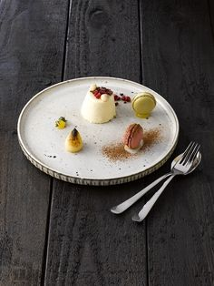Discover the Rustico Stoneware range at Roneford Catering.