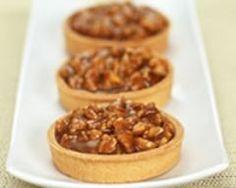 Tartelettes aux noix et au caramel (facile, rapide) - Une recette CuisineAZ