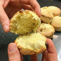 du Scones, Baking Recipes, Cookie Recipes, Yummy Snacks, Yummy Food, Scandinavian Food, Vegetarian Cooking, Sweet Cakes, Bread Baking