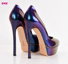 Shoebidoo | our favorite Casadei pumps photographed again