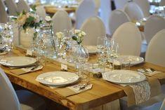 Speiltvillingene – Tips til billig låvebryllup Table Settings, Place Settings, Tablescapes