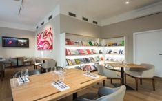 Naše bistro a bookshop-124