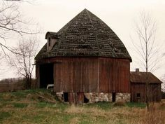 This barn is located in Isabella county in Michigan!  Love the shape!