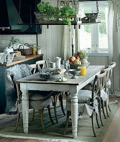 Brabourne Farm: Cooking and Dining...I just love.the rustic look of this!!