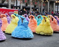 2014-2015 Trail Maids in the McDonald's Thanksgiving Day Parade! Yes I'm a Trail stalker... Can't help it though! Lol
