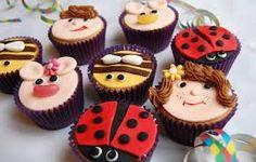 Resultado de imagem para ideias para confeitar cupcakes