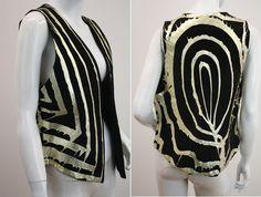 Mens size Small/Medium  Womans size Large  Totally rad vintage suede vest. Fabulous vintage condition.