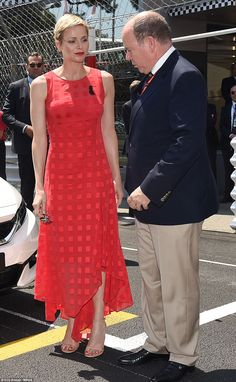 Royal Family Around the World: Princess Charlene of Monaco and Prince Albert II of Monaco Attend the Grand Prix of Monaco at the Monaco street circuit, on May 2017 in Monaco. Rich & Royal, Royal Red, Prince Albert, Grace Kelly, Agent Provocateur, Princesa Charlene, Style Royal, Monaco Grand Prix, Monaco Royal Family