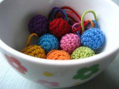 Lil' crochet balls: free pattern