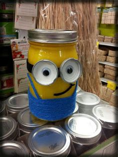 Ideas and Inspirations: Minion Mason Jar!!