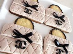 Couture Cookies Chanel