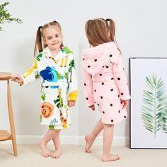❤️ Kids Boy Girl Print Flannel Bathrobes Hoodie Towel Pajamas Night Sleepwear Robe for Girls Boys
