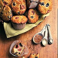 Flaxseed Muffins from Runner's World  165 Cal, 3 g fat, 6 g protein.  Pretty rockin' if you ask me.  I'll sub berries for the raisins and freeze them to keep the whole batch fresh.