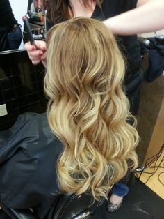 Blonde Ombre. Beautiful:)