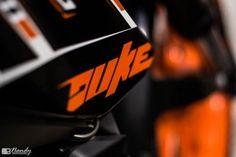 KTM-Duke-10