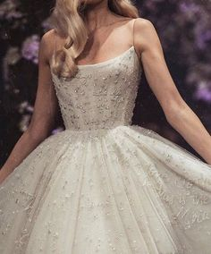 25 + likes, 14 comments - Loving Haute Couture (Loving hauteco . - 25 + likes, 14 comments – Loving haute couture (loving hautecouture) for instagr… – - Dress Vestidos, Prom Dresses, Formal Dresses, Elegant Dresses, Bridal Dresses, Evening Dresses, Style Couture, Couture Fashion, Couture Week