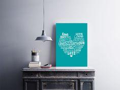 """Placa decorativa """"Love""""  Temos quadros com moldura e vidro protetor e placas decorativas em MDF.  Visite nossa loja e conheça nossos diversos modelos.  Loja virtual: www.arteemposter.com.br  Facebook: fb.com/arteemposter  Instagram: instagram.com/rogergon1975  #placa #adesivo #poster #quadro #vidro #parede #moldura"""