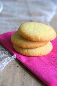 melt in your mouth shortbreads