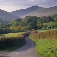 """pagewoman: """" Pen y Fan, Brecon Beacons, South Wales """" Places To Travel, Places To See, Brecon Beacons, South Wales, Nature Photos, Outdoor Travel, Trees To Plant, Beautiful Landscapes, Landscape Photography"""