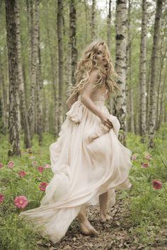 Романтическое и женственное свадебное платье от Leila Hafzi