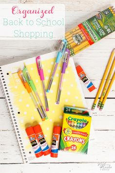 Such a great way for organizing the Back to School supplies shopping! Free printable list so I get the essentials and learn and ways to save time, money and my sanity. Back To School Party, Back To School Crafts, Back To School Hacks, Back To School Supplies, Back To School Activities, Back To School Shopping, School Parties, School Fun, School Ideas